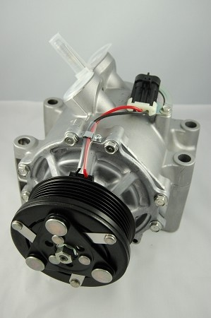 BUICK RAINIER 4.2 2007 A/C COMPRESSOR NEW (EARLY 2007 WITH 3 PIN CONNECTOR OE)