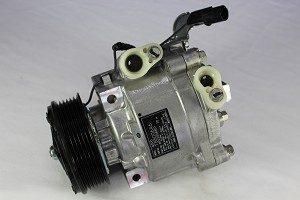 MITSUBISHI OUTLANDER 2.4 2009-2016 A/C COMPRESSOR NEW (WITH QS90 COMPRESSOR)(ORIGINAL EQUIPMENT)